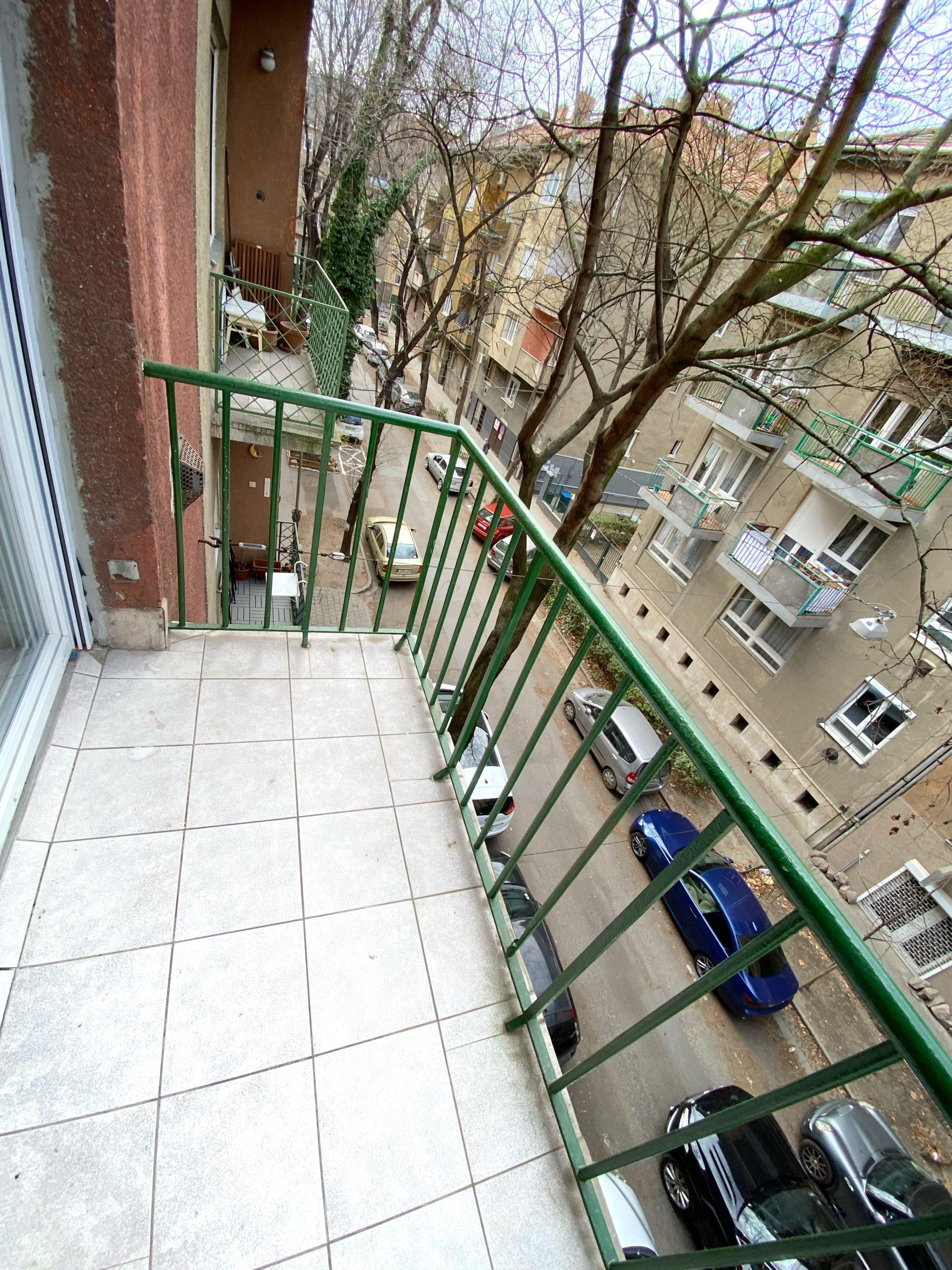 3. kerület Uszály utca – Duna-part / Amfiteátrum